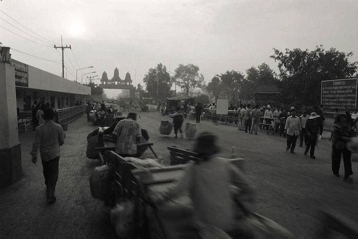 Cross-border trade begins at dawn on the Thai/Cambodian border. Copyright 2015 © Adam Oswell